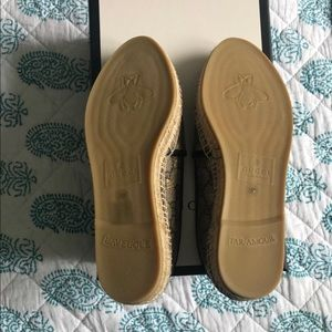 d2fc8af19 Gucci Shoes   Gold Bee Espadrilles Firm Price   Poshmark